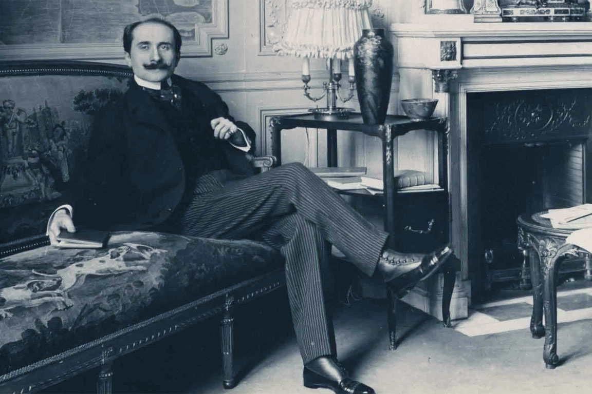 a biography of edmond rostand Wherever a translation of the famous cyrano de bergerac exists, the lasting fame of the french poet-dramatist edmond rostand is assured in fact, all three of his best known plays  cyrano, l'aiglon, and le chanticler stand alone in the roster of romantic plays.