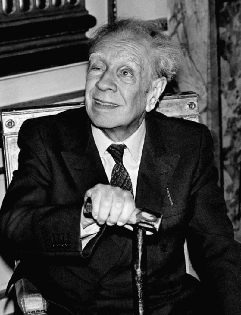 jorge luis borges the plot Argentine writer pablo katchadjian could face jail for remixing jorge luis borges's story the aleph – but his is a thoroughly borgesian experiment published: 25 jun 2015 re-working borges is a .