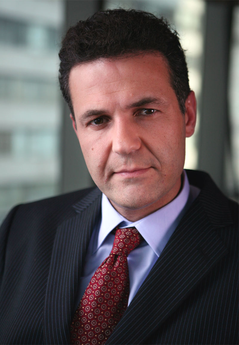 biografia di khaled hosseini