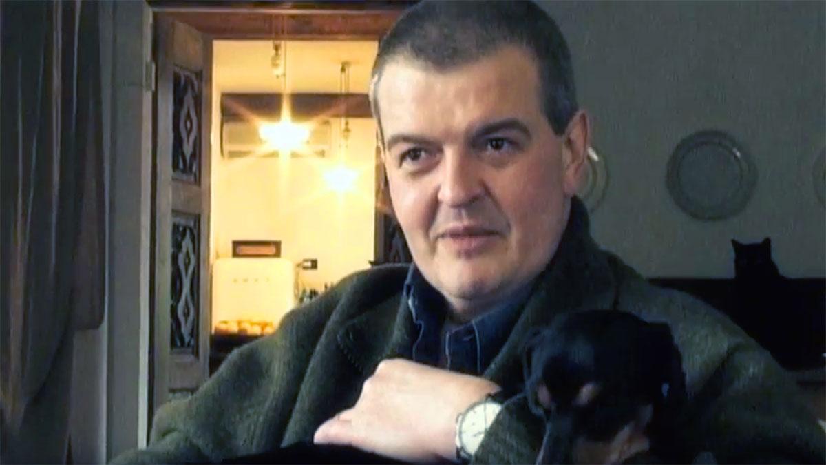 Tiziano Sclavi con il suo cane