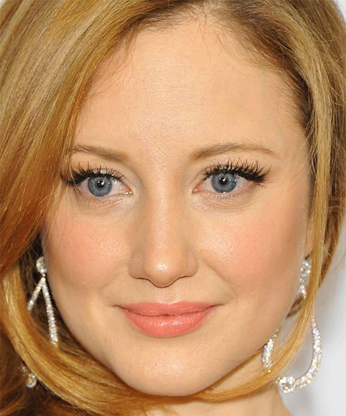 Foto media di Andrea Riseborough