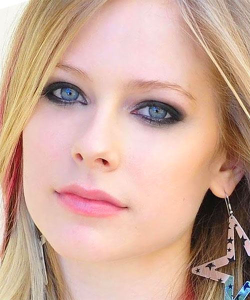 Foto media di Avril Lavigne