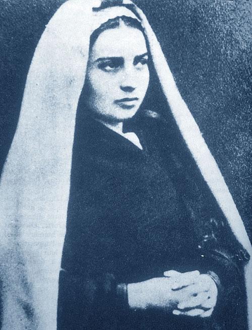Foto media di Bernadette di Lourdes