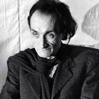 Foto quadrata di Antonin Artaud