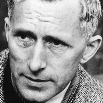 Foto quadrata di Ernst Jünger