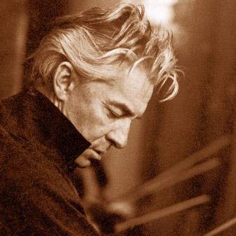 Foto quadrata di Herbert Von Karajan