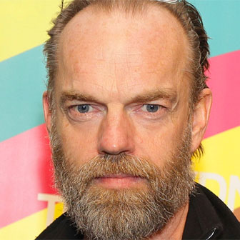 Foto quadrata di Hugo Weaving