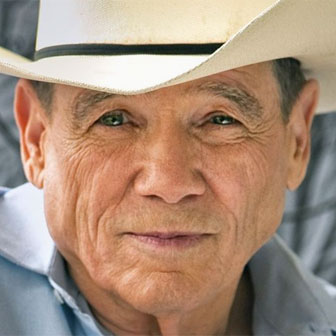 Foto quadrata di James Lee Burke
