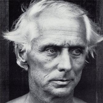 Foto quadrata di Max Ernst