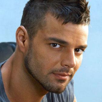 Foto quadrata di Ricky Martin