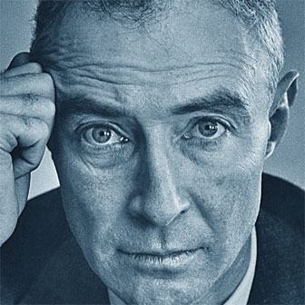 Foto quadrata di Robert Oppenheimer