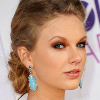 Foto quadrata di Taylor Swift