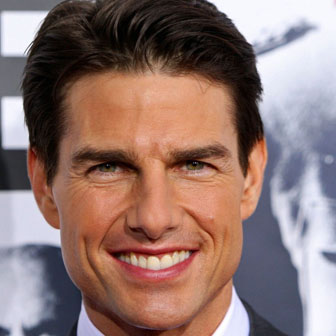 Foto quadrata di Tom Cruise