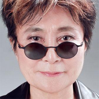 Foto di Yoko Ono