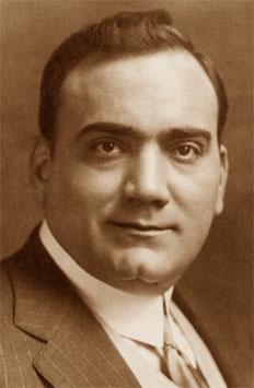 Foto media di Enrico Caruso