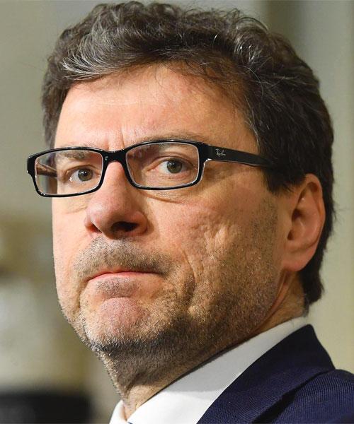 Dati sintetici. Politico italiano eb3c6177cc9