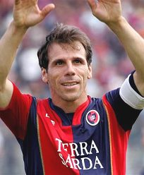 Foto media di Gianfranco Zola