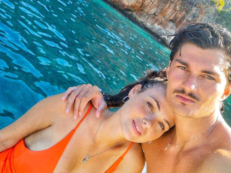 Adua Del Vesco con il fidanzato Giuliano