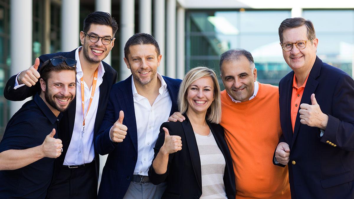 Alfio Bardolla con il suo staff di collaboratori