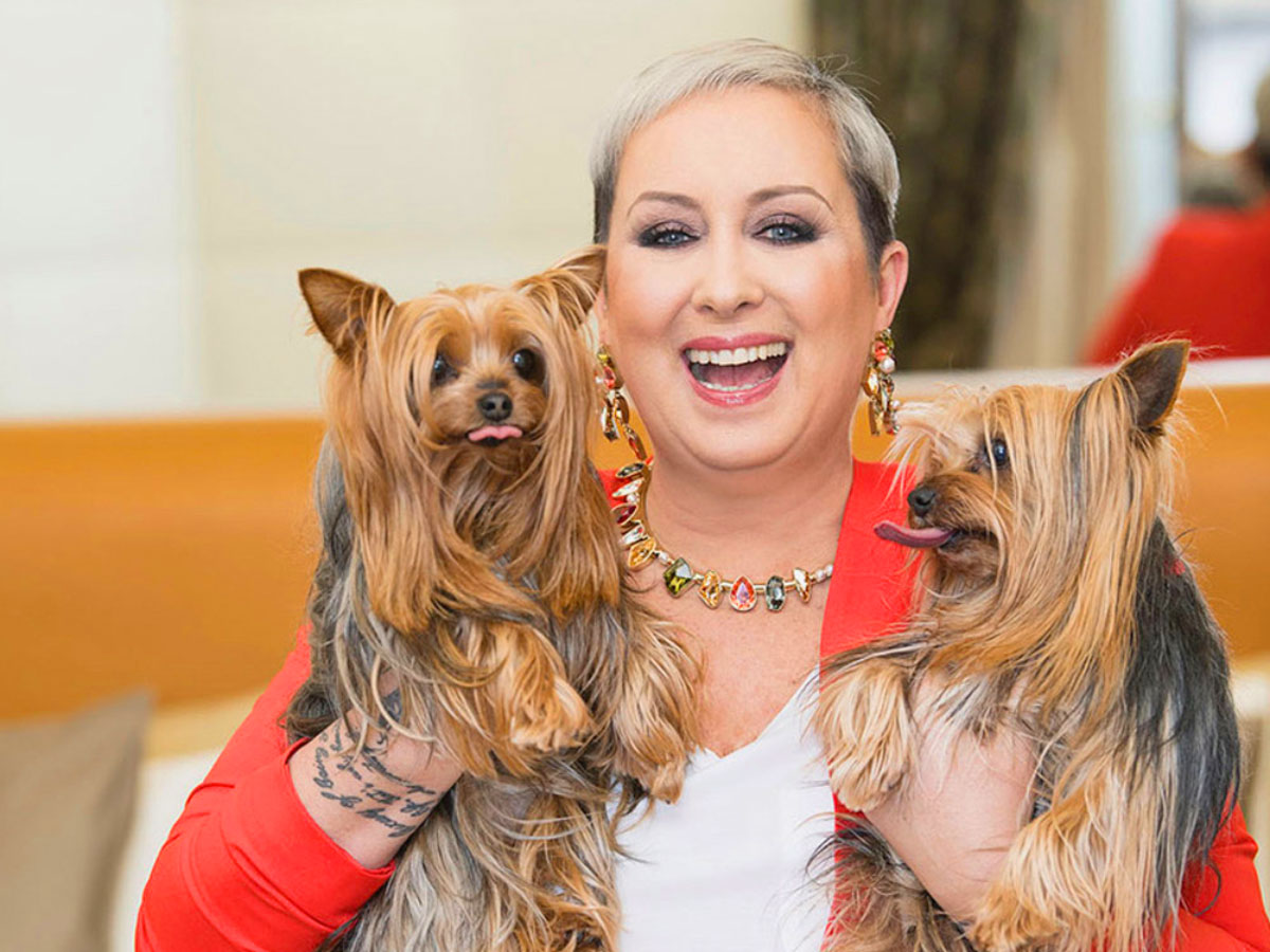 Carolyn Smith con i suoi cani