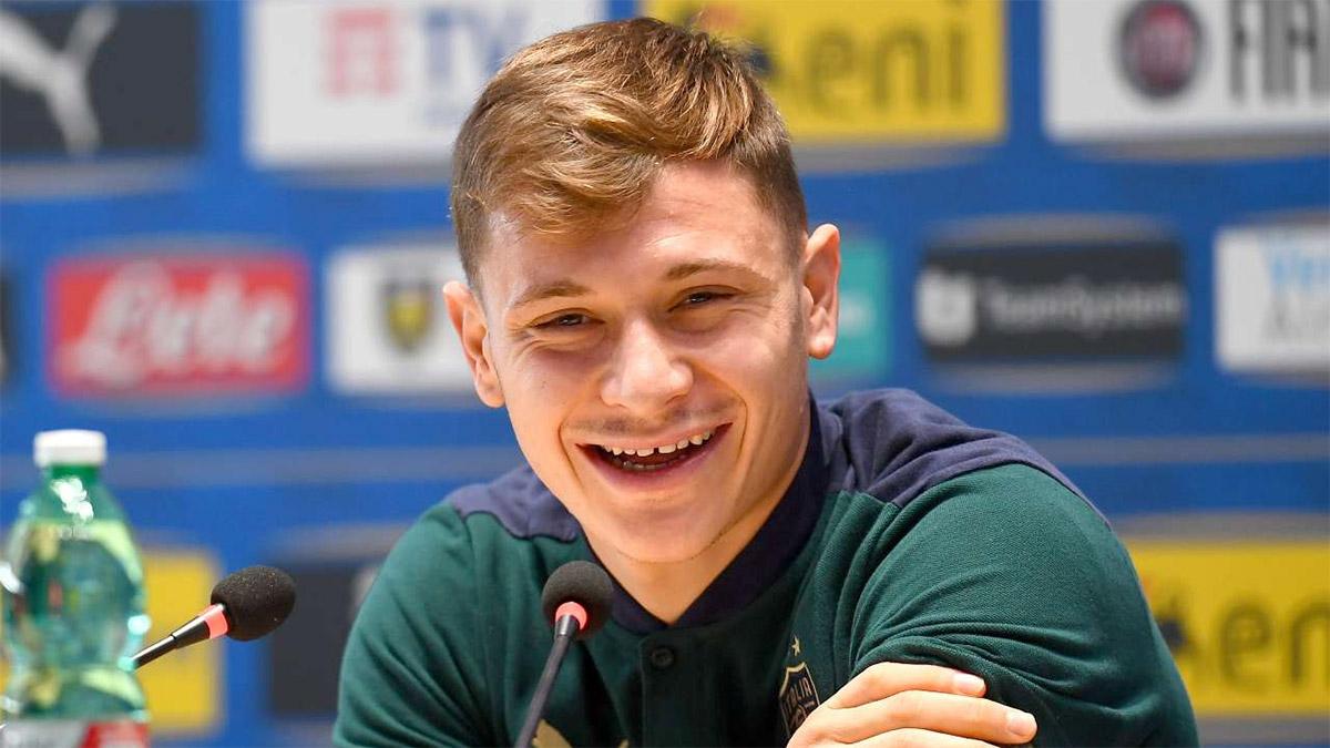 Nicolò Barella con la maglia dell'Inter