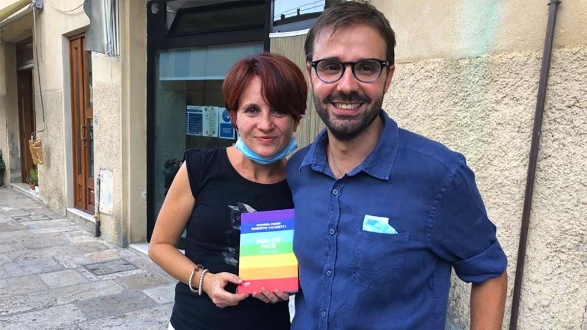 Roberto Vicaretti con la moglie Romina Perni