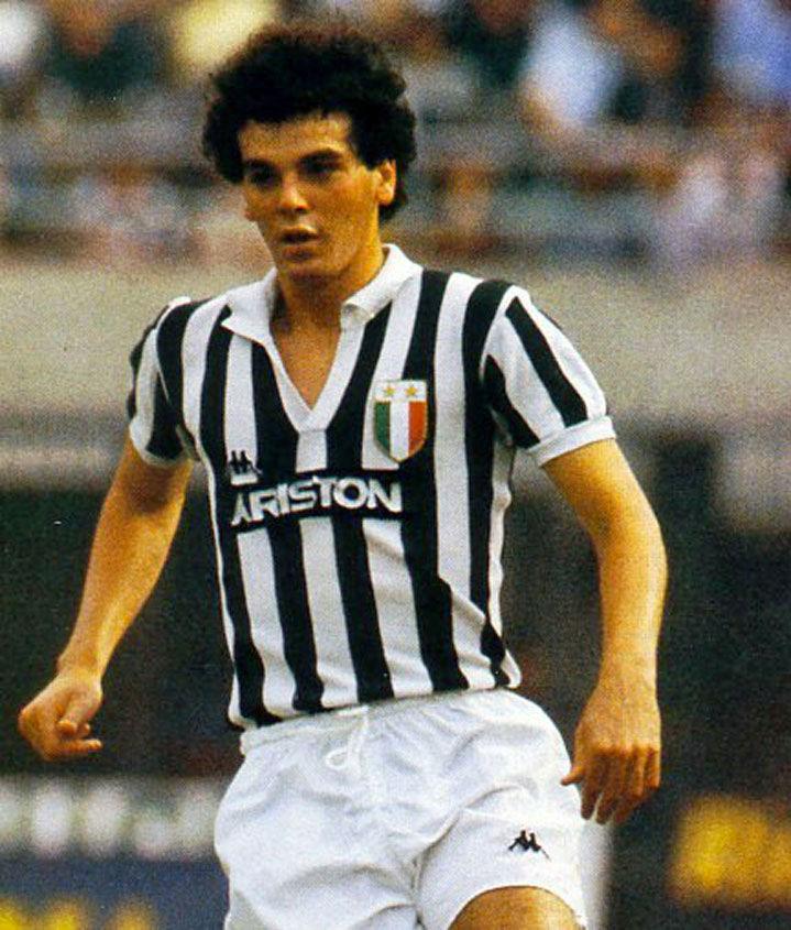 Stefano Pioli con la maglia della Juventus