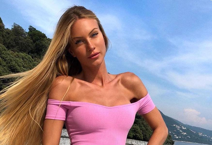 Taylor Mega naked (23 photos) Young, Snapchat, cleavage