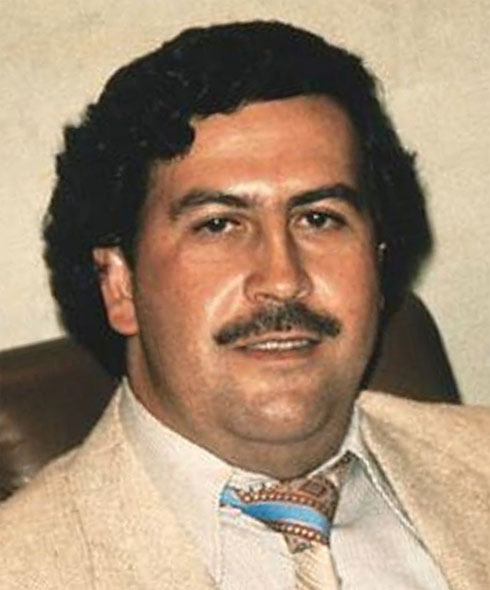pablo escobar a sinner or a saint Pablo escobar: sinner or saint, raymond johnson (author) 46 lei pablo  escobar: the history of the biggest narco, my ebook publishing house (author.