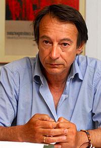 Foto media di Riccardo Iacona