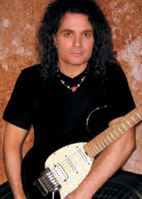 Foto media di Vinnie Moore